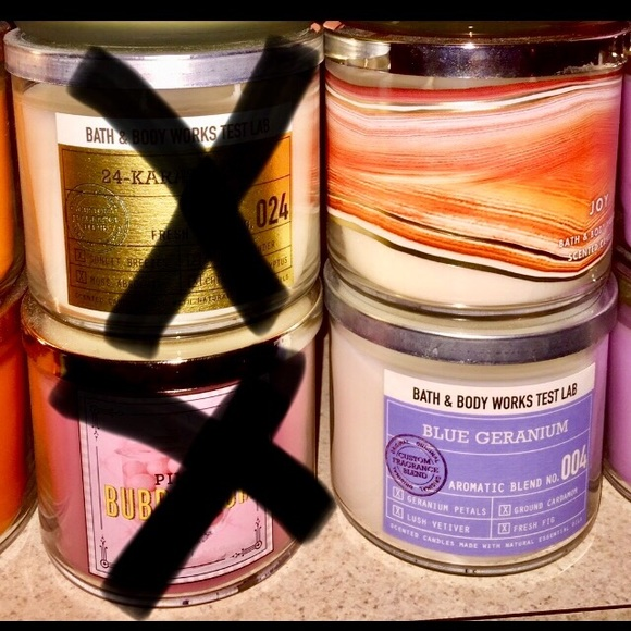 NEW BATH /& BODY WORKS FROSTED CUPCAKE  SCENTED CANDLE 3 WICK CHEAP SHIP SAVE
